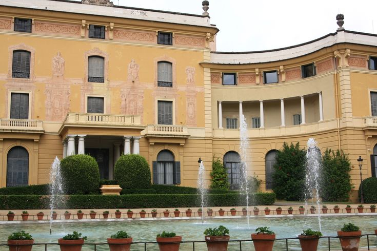 What to visit in Barcelona? The Pedralbes Palace!