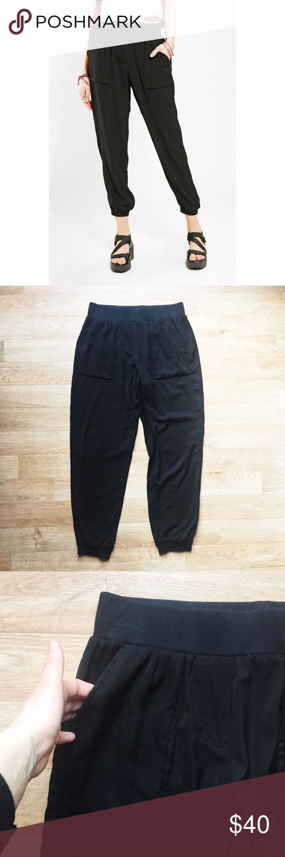 Urban Outfitters Silence + Noice Comfy Black Pants Urban Outfitters Silence + Noice Comfy Black Pants. Perfect condition. Very comfortable!   Size Small. Measurements are in the pictures!   Happy to answer any questions!  Thanks for looking!   OFFERS are welcome!  ** 10% off Bundles of 3+ ** Ships within 24 hours!  Smoke free home. No trades or Paypal. Urban Outfitters Pants Ankle & Cropped