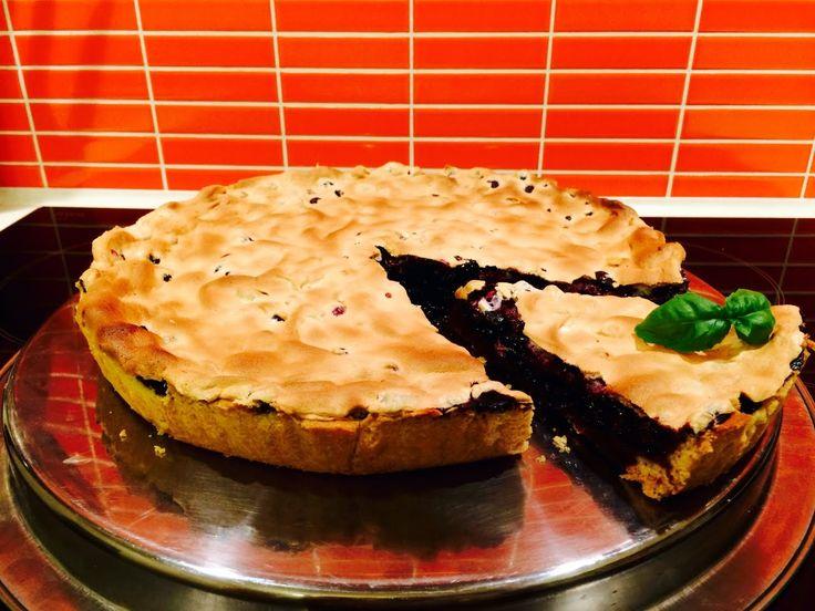 Время приготовления 1 час 20 минут. Очень простой и доступный рецепт приготовления #черничного #пирога. Базовый набор ингредиентов: для песочного теста пропо...