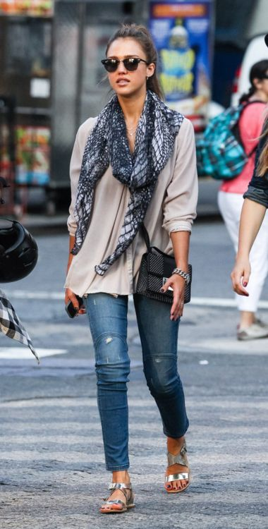 Jessica Alba wearing spun scarf