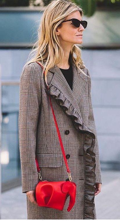 streetstyle elephant bag checked coat fashionblogger
