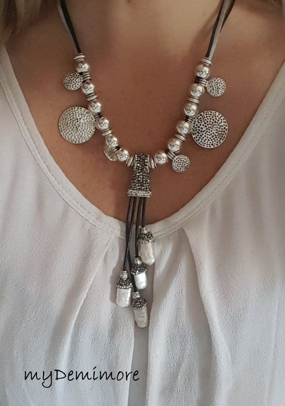 leather necklace with metal beads and pearls von myDemimore auf Etsy