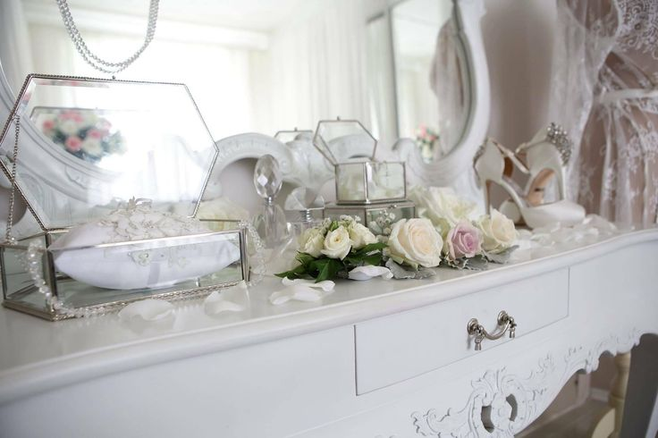 So Pretty, French Dresser info@elanakweddings.com.au