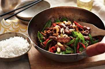 Black bean beef with onions and banana chillies http://www.taste.com.au/recipes/26985/black+bean+beef+with+onions+and+banana+chillies