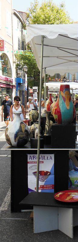 2015 Argilla.Aubagne. France. International pottery fair. Tableware. Deco. Art. Jewels. Earthenware. Stoneware. Raku. Porcelain. Sigillated clay. Smoked clay. Copyright: Laurence Ricciardi