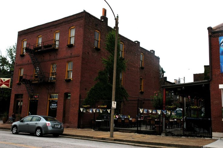 Soulard Bars | My personal favorite in Soulard is the Cat's Meow: