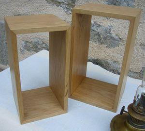#Coffret #vin sur mesure dans la fabrication #artisanale de produits en bois : Présentez vos cuvées prestige dans une belle boite en bois de chêne verni naturel , plusieurs modèles #coffretsbois www.lescoffretsdumorvan.com
