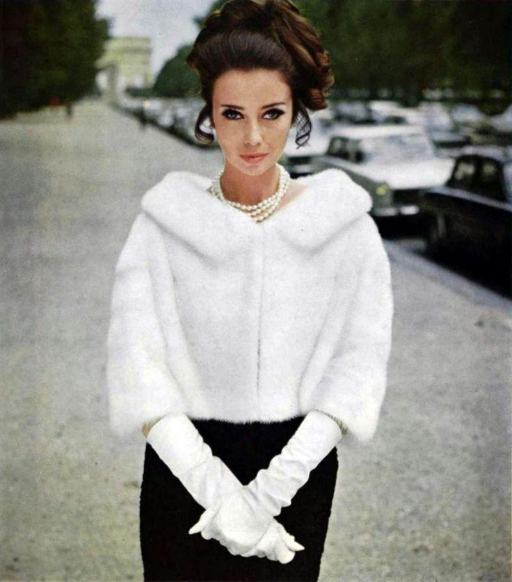 white mink jacket | 1966 L'Officiel magazine