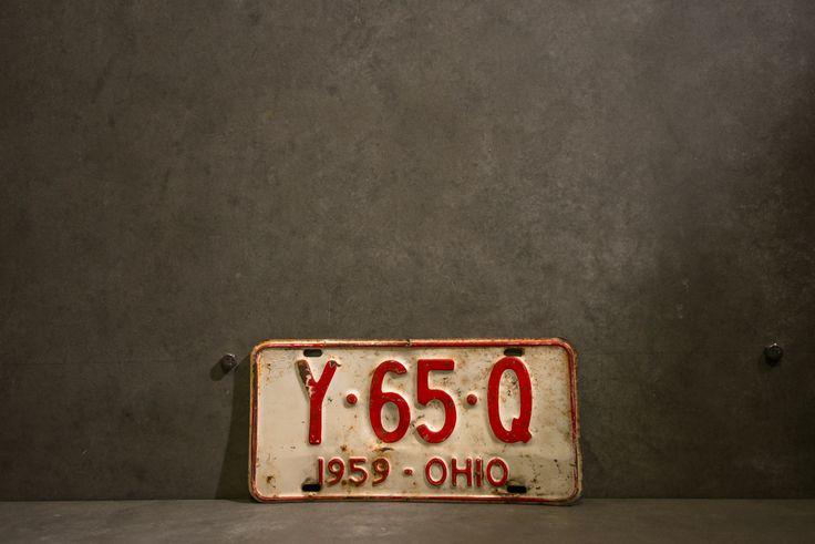 600 Baht // CAR PLATE#009