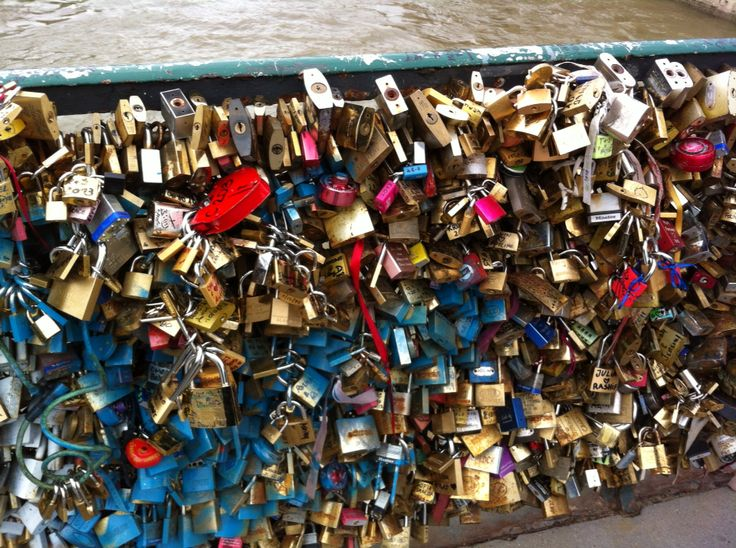 The lock wall in Paris