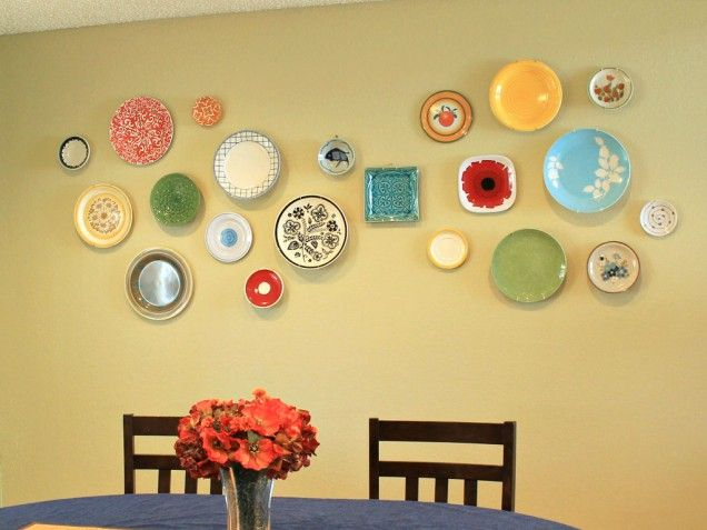 Arrange a Plate Wall - I want to do this for my breakfast nook.