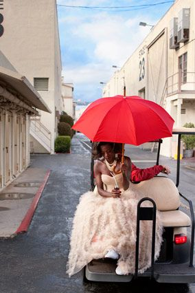 "Viola Davis does 50s inspired fashion <a href=""http://www.oprah.com/style/Viola-Davis-Models-50s-Fashion-Trends-Marilyn-Monroe-Style/10"">for Oprah magazine</a>"