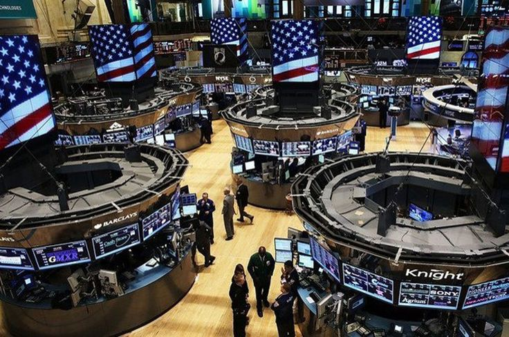 UNITED STATES – US stocks jumped on Thursday for the fifth straight session of gains, boosted by the rise in technology stocks including Apple, while investors shrugged off inflation fears that triggered a sell-off on Wall Street earlier this month. The Dow Jones industrial average was up...