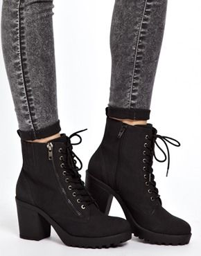 New Look / Croydon Lace Up Chunky Heeled Boots