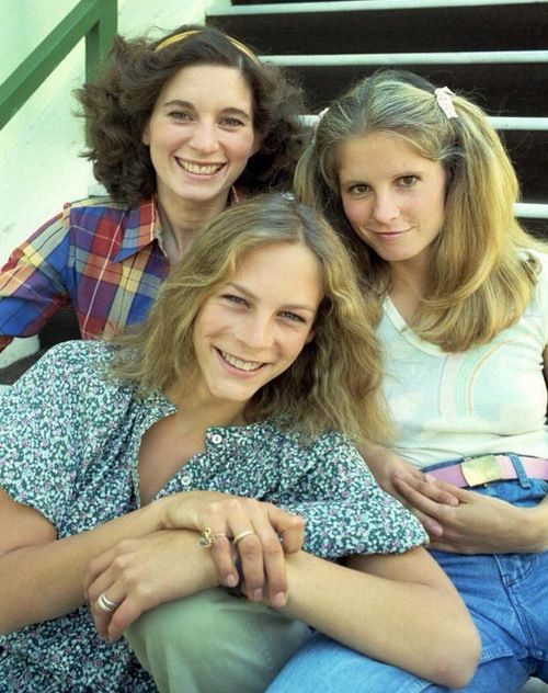 """On set of """"Halloween"""" (1978, directed by John Carpenter) with Nancy Kyes, PJ Soles and Jamie Lee Curtis."""