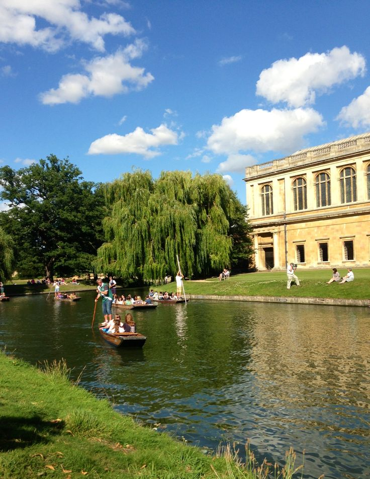 Watching the punts go by behind Trinity college, Cambridge