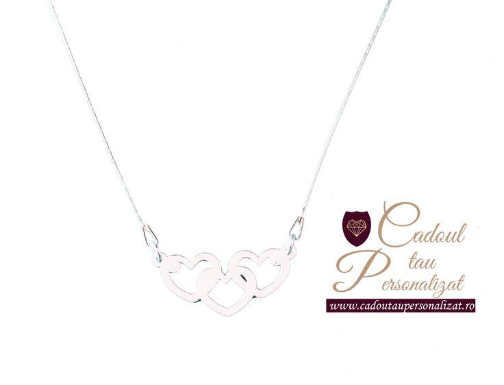 Colier Inimioare Trio - din argint, calitate certificata ANPC, un super cadou pentru Doamne si Domnisoare speciale! Tu ce colier iti cumperi? -------- SuperPRET 70 Lei! Nu rata oferta, hai pe site si comanda!