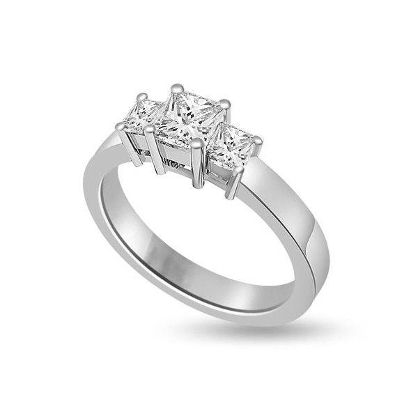 ANELLO TRILOGY CON DIAMANTI 18CT ORO BIANCO | Anello Trilogy con Diamanti Taglio princess. Il totale dei carati per questo anello e` disponibile da 0.30ct a 1.0ct, tutti montati a griffe. Il diamante centrale ha un peso in carati che puo` variare da 0.14ct a 0.40ct e i diamanti ai lati da 0.16ct a 0.60ct peso tatale. La larghezza dell`anello e` 2.7mm. Tutti i diamanti sono disponibili in H, G ed F colore e in VS1 ed SI1 purezza. L`anello e` accompagnato dal certificato del diamante.