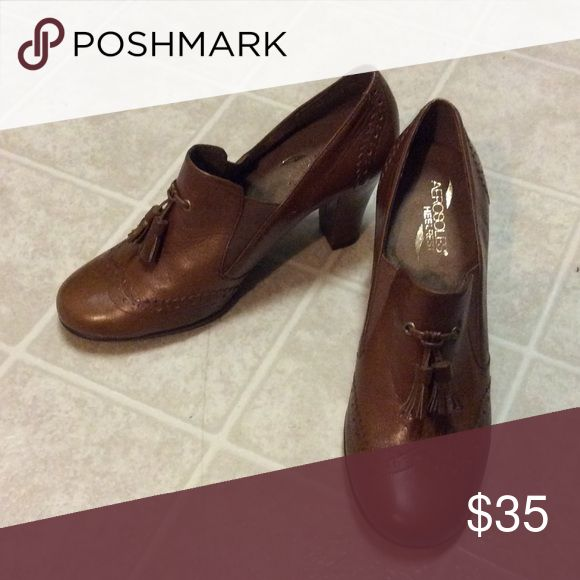 🎉🎉New Areosoles🎉🎉 New Brown Aerosolers AEROSOLES Shoes Heels