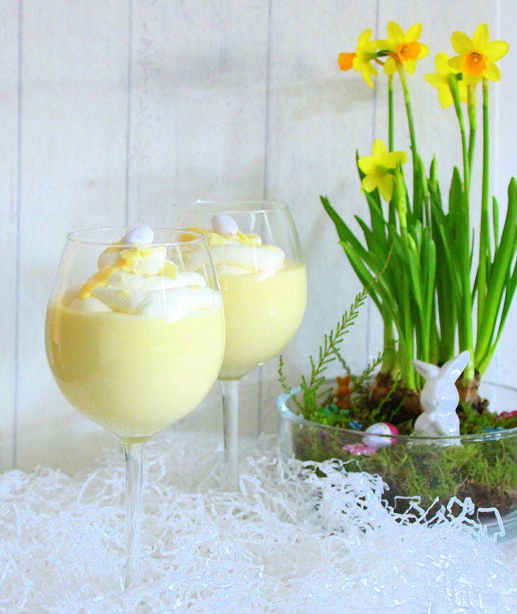Mein selbstgemachter Eierlikör muss ja auch verwertet werden. So habe ich nochmal ein Dessert kreiert, welches fix zubereitet ist. Es ist schön cremig, mit dezentem Eierlikör und Vanille Geschmack.…
