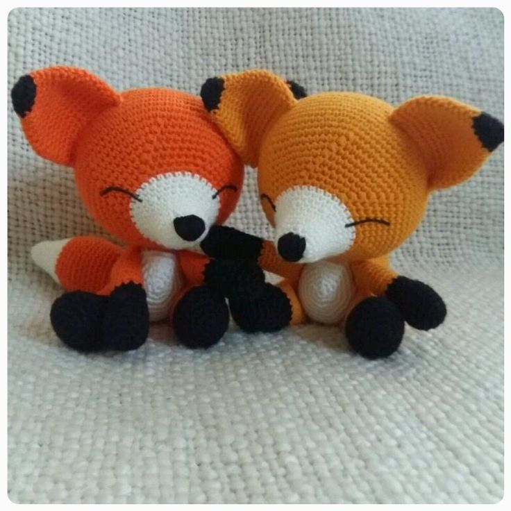 So, this is the pattern for my design the Sleepy Fox . As you may have predicted, you can use any yarn and colour you want. I use the yarn...