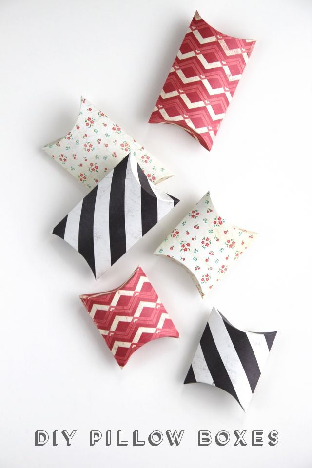DIY PILLOW BOXES. & 71 best Handmade Gift Wrap Ideas images on Pinterest | Gift ... pillowsntoast.com