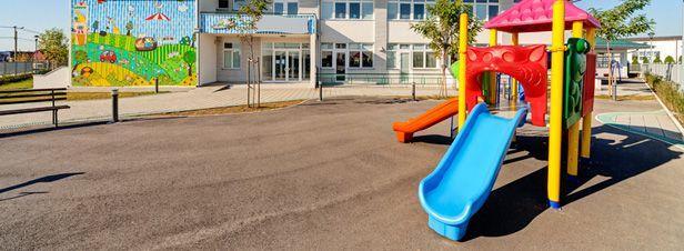 """Des dizaines d'établissements scolaires construits sur des sites toxiques... """"Dans les Hauts de France, sur les 103 établissements diagnostiqués, 19 nécessitent la mise en œuvre de mesures spécifiques, voire sanitaires.""""... https://www.actu-environnement.com/ae/news/des-dizaines-etablissements-scolaires-construits-sur-sites-toxiques-29678.php4"""
