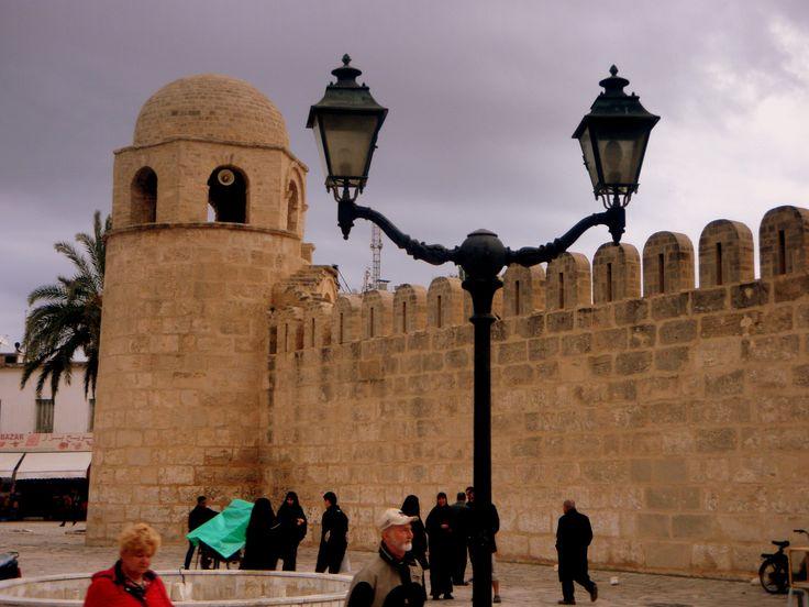 "https://flic.kr/p/efUUkB | TUNISIA 2013 | 1) Medina di Sousse 2) Hotel ""Nour Palace"" 3) Spiaggia di Mahdia 4) Mercato settimanale"