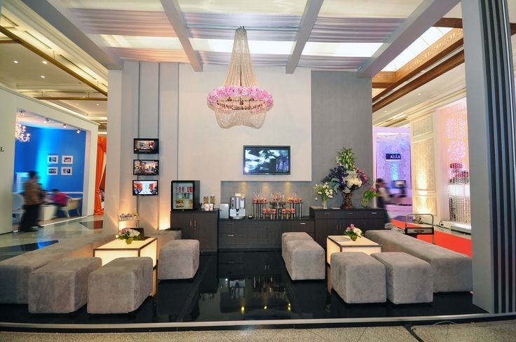 #InterContinental Jakarta booth is nicely decorated. #Wedding #exhibition