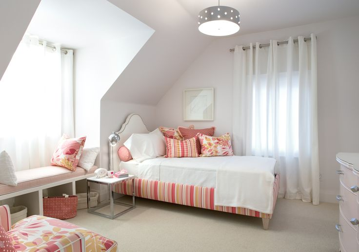 25 best images about daughter 39 s room on pinterest chrome for Sarah richardson bedroom designs