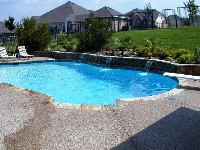 Best 25 custom pools ideas on pinterest pool ideas swimming pool slides and lagoon pool for Swimming pool builders fort worth