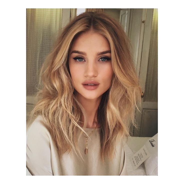 Incredible 17 Best Ideas About Medium Blonde Hair On Pinterest Blondes Short Hairstyles Gunalazisus