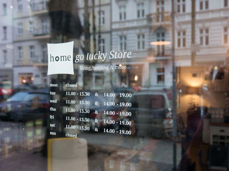 Einzelhandel Geschäft für Lifestyle und Interior Dekoration in Berlin:  Schaufenster Information