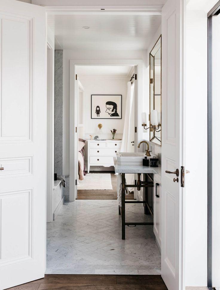 Fresh, Parisian breezeway. All marble high-contrast | Est Living Stories