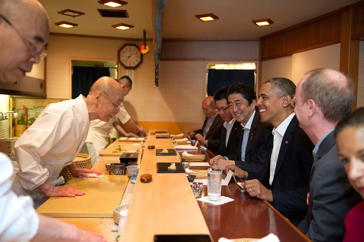 President Barack Obama and Prime Minister Shinzo Abe of Japan talk with sushi master Jiro Ono, owner of Sukiyabashi Jiro sushi restaurant, during a dinner in Tokyo, Japan, April 23, 2014.