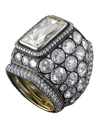 Contemporary Heritage ring, rose cut diamonds and yellow gold by Gilan