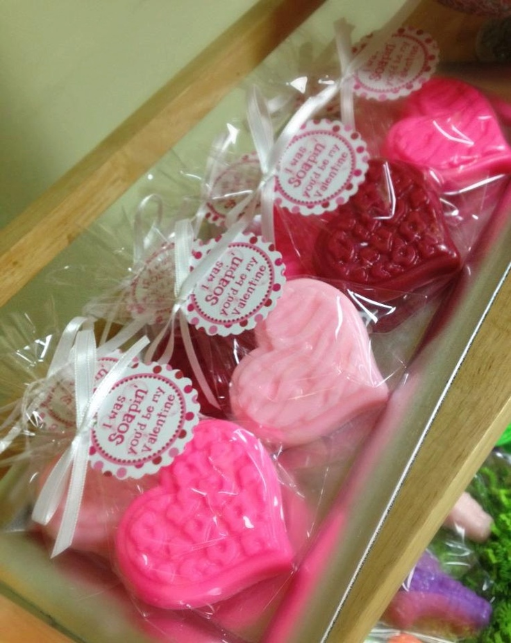 HEART SOAP FAVORS 10 Favors Valentine Day School