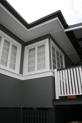 A classic comboDark weatherboards and white joinery are a classic combination in this Australian home being renovated by Kari Taplin. The weatherboards are Resene Gravel, the guttering is Resene Double Gravel and the window joinery and trims are Resene Half White Pointer.