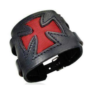 Bracelet cuir à double attache ceinture et croix de malte rouge