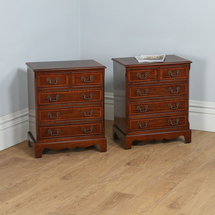 Pair of Georgian Style Mahogany Inlaid Bachelors Bedside Chests (Circa 1950)