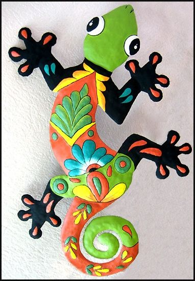 Gecko Wall Decor - Hand Painted Metal Outdoor Wall Hanging - Painted Metal Garden Art -18""