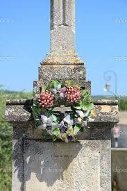 """Résultat de recherche d'images pour """"couronne céramique funéraire"""""""