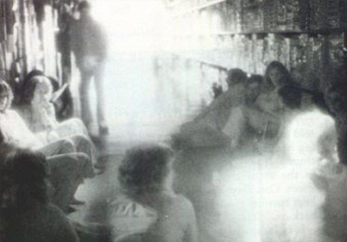 Do You Believe in Ghosts? 25 of the Most Convincing Paranormal Pictures Ever Taken - Toys 'R' Us Ghost
