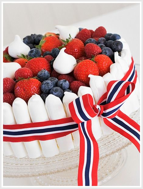 17.mai cake // Norwegian constitution day