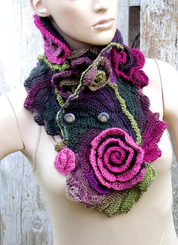 Unique scarf Crochet Scarf Capelet Neck Warmer Black Green