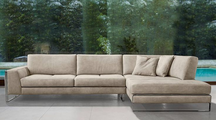 Laguna Sectional by Gamma International. Handmade in Italy with adjustable back, leather, color and configuration choice.