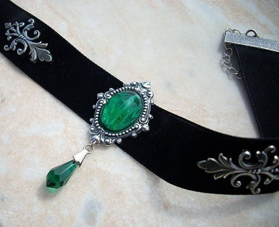 Black velvet choker Victorian Gothic Jewelry Emerald Green crystal