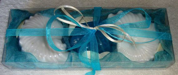 Soap Shells and Sea Shells -  Natural Greek Sea Shells found on the beaches of Aegina island in an Ocean-Blue - Turquoise - Aquamarine Color very nice decorated Handmade Gift Set : three Scented Luxury Soaps, two white color shells in raspberry scent and one turquoise color in jasmine perfume. Sea shells and natural handmade glycerin soaps for Greek summer and Greek Beach memories.
