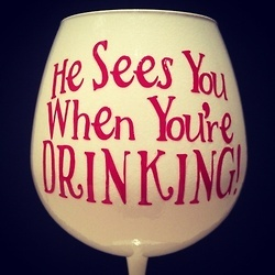 love this wine glass! I have several people in mind to make this for...