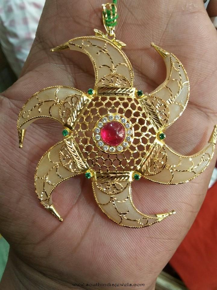 Gold Pendant from Navkar Gold World